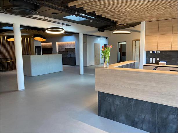 Titanium (Титаниум) - декоративно подово покритие