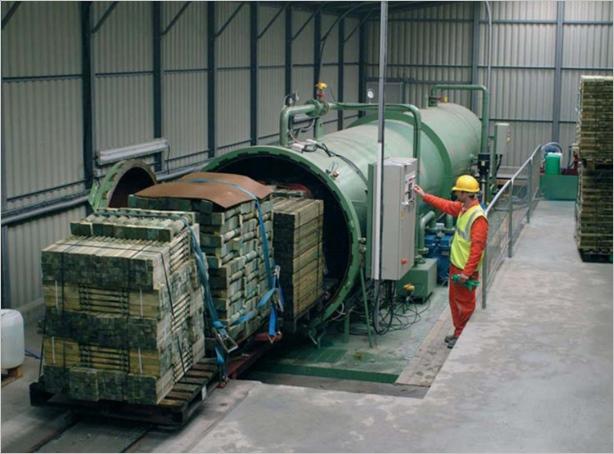 Професионално импрегниране на дървен материал в автоклав