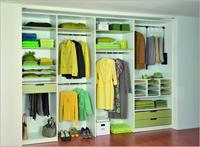 Вграденият гардероб – изкуството да владееш пространството