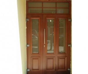 Портална входна врата