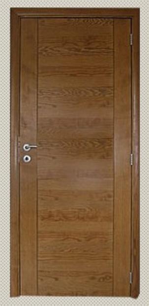 Интериорна врата от МДФ с ръчно декориран фурнир