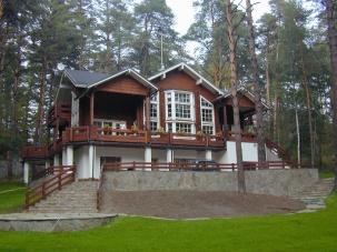 Honka log homes