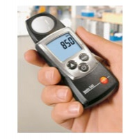 Уред за измерване на осветеност testo 540