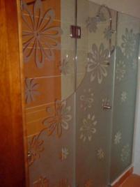 Стъклени врати за бани