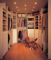 гардеробни стаи