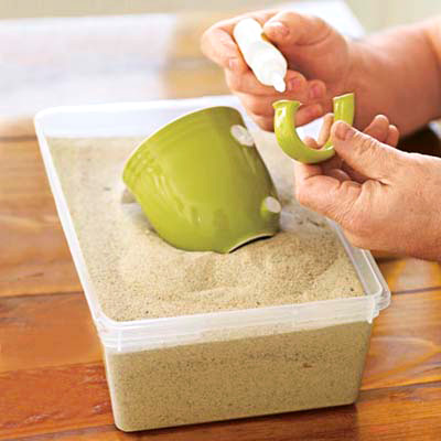 10 неочаквани употреби на пясъка у дома