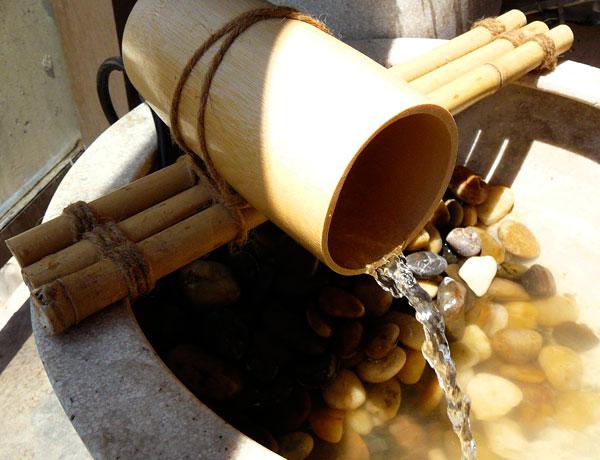 Бамбуков фонтан за терасата или градинката