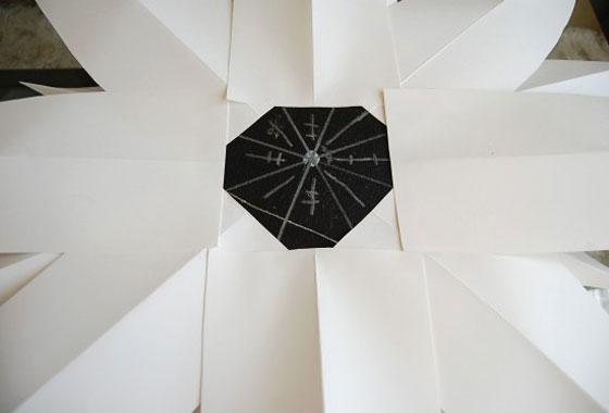 Декоративно огледало от хартия