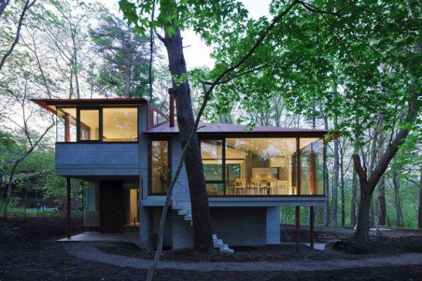Къща в гората с 360-градусова гледка