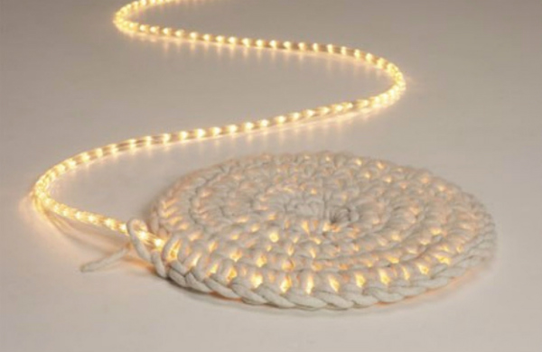 Идеи за декорация с коледни лампички, подходяща за цялата година