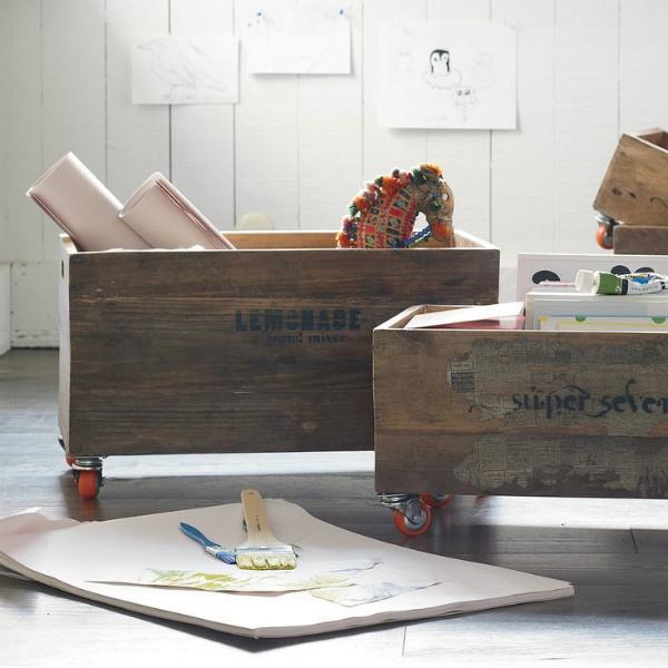 Интересни идеи за приложението на дървени щайги в интериора
