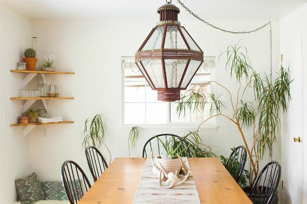 Резултат с изображение за декорацията на интериора в дома