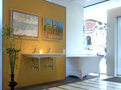 Изложбата 'Картини от един пленер: 10 години по-късно' беше открита в Експо Баня София