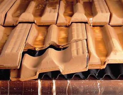 Ремонт на традиционни скатни покриви