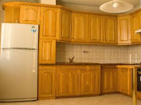 Мебели от масив - класика и уют във всеки дом