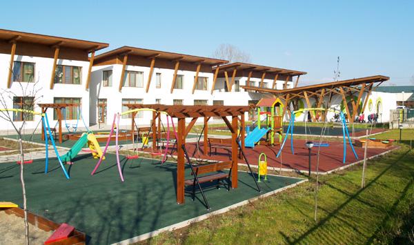 Детска градина с топлоизолационна система и мазилки 'Теразид' отличена с приз 'Сграда на годината'