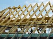 Покривна конструкция от импрегниран дървен материал
